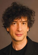headshot neil gaiman