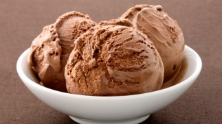 d46d535c174b6b34876ef96e4d3edfc1_chocolate-ice-cream-580x326_featuredimage