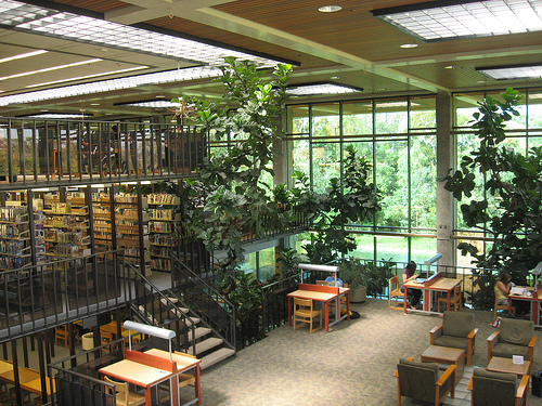 Huntington Beach library.jpg