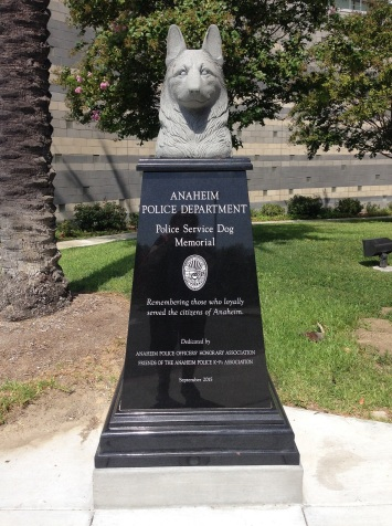 Ext Police Dog Memorial front